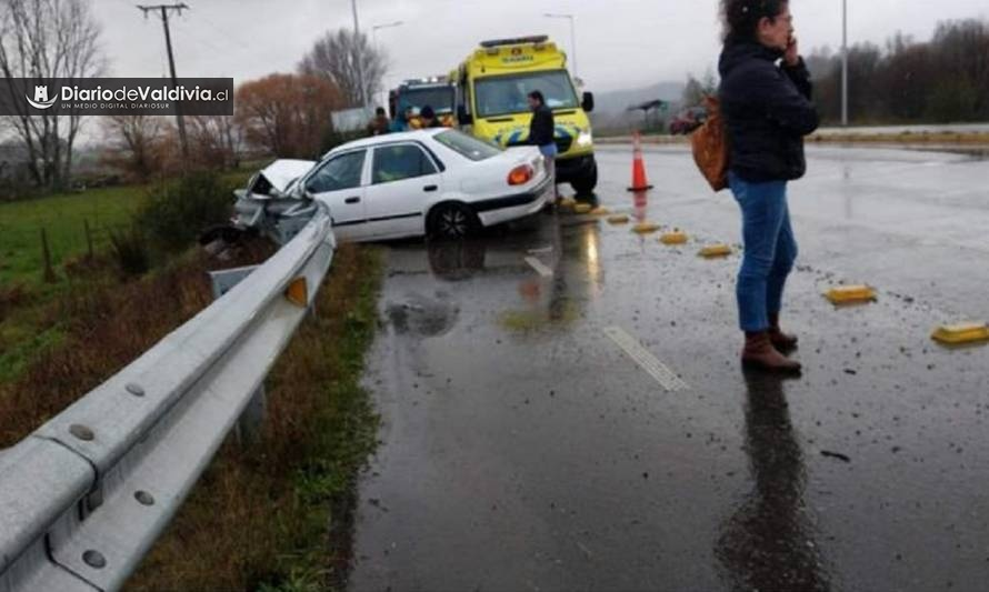 Accidente vehicular en ruta Valdivia-Los Lagos